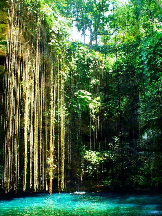 Piscine naturale - cele mai spectaculoase oaze de relaxare